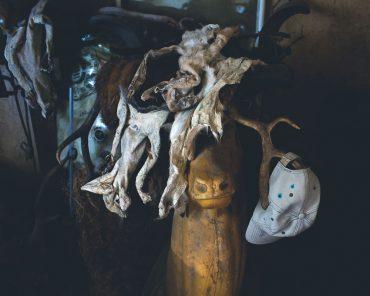 Ayer photographe aubigny vendee parents enfance souvenir mannequin porte manteau