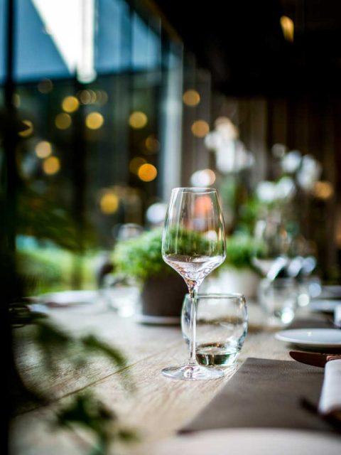 hôtel restaurant le balhazar-rennes-hotel-balthazar-cuisine-gastronomie-verre-brille