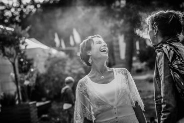 Mariage reportage photographe Rennes lifestyle rire joie