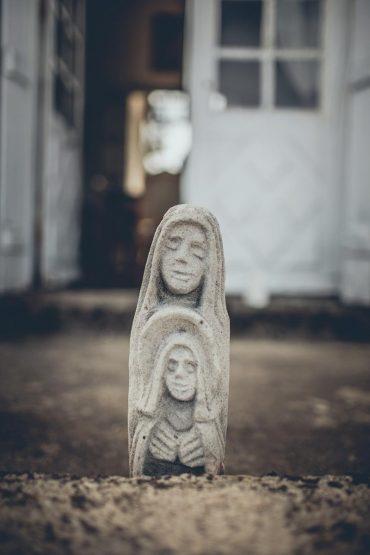 Mariage capteur d'emotion clichés precieux moderne saisir instant decisif deco statue